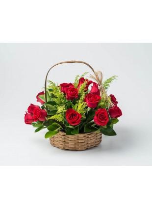 Cesta com 15 Rosas Vermelhas